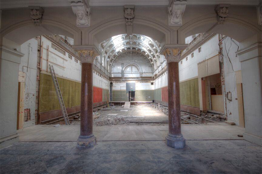 Christian_OReilly_furniture_madebyhandonline_Blog_interior_York_Art_Gallery