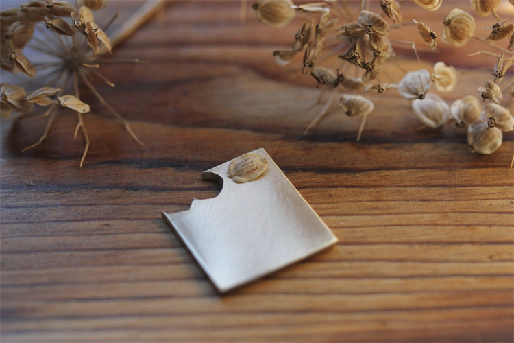 madebyhandonline_Belinda_Norrington_Jewellery_seeds_silver_Blog