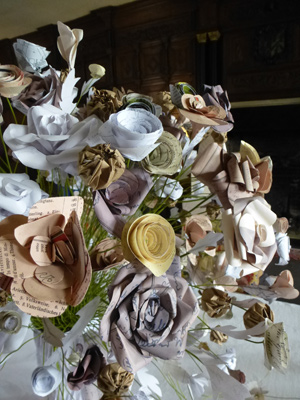 Made by hand online paper flowers with jennifer collier create decorative paper flowers from recycled papers under the guidance of madebyhandonline maker jennifer with a choice of four different types of flowers mightylinksfo